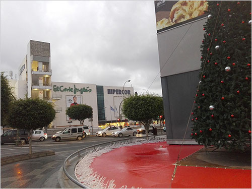 907ea8a1096 View of El Corte Ingles and its Hypermarket Hipercor from the Entrance of  the Siete Palmas Mall