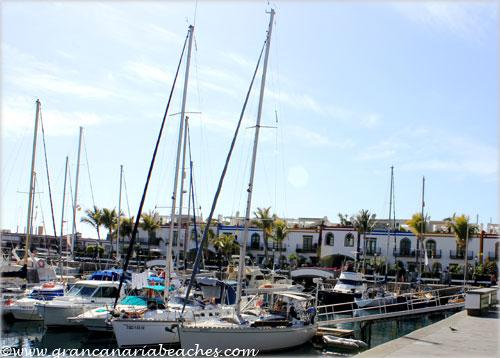 Pleasure boats in Mogan harbour