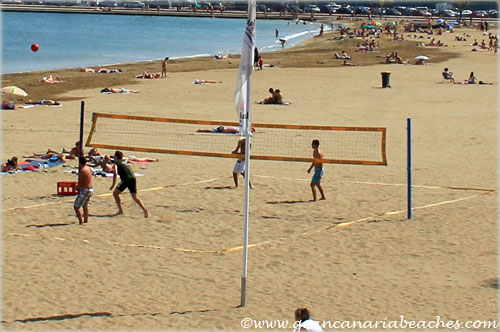 Beach volley at the Alcaravaneras Gran Canaria beach